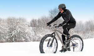 Как безопасно и комфортно ездить не велосипеде зимой