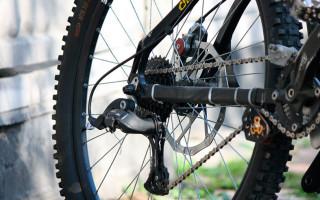 Как определить износ цепи велосипеда, когда ее менять и эффективные стратегии замены для увеличения ресурса трансмиссии