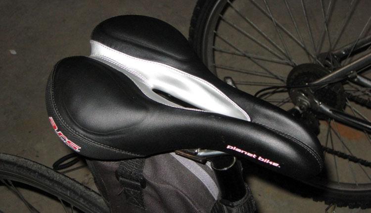 Мужское велосипедное седло для страдающих простатитом
